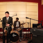 """Get in the Mood For """"Game Of Thrones"""" With This Smooth Cover"""