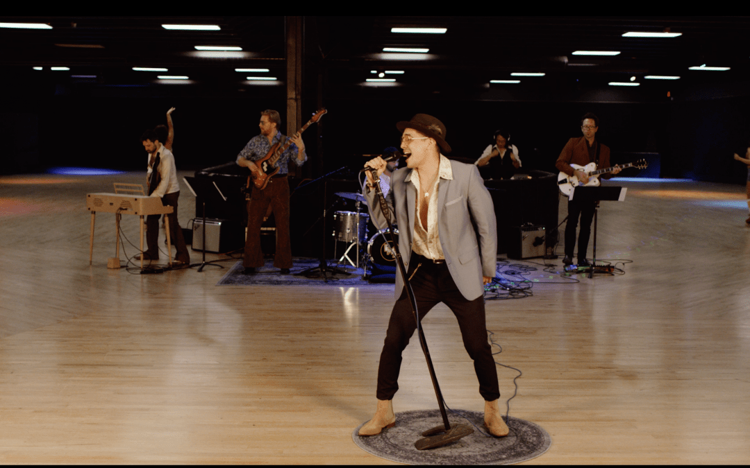 The Jonas Brothers Get A 70's Disco Style Remake